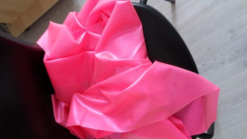 Yummy Gummy LAtex UV pink