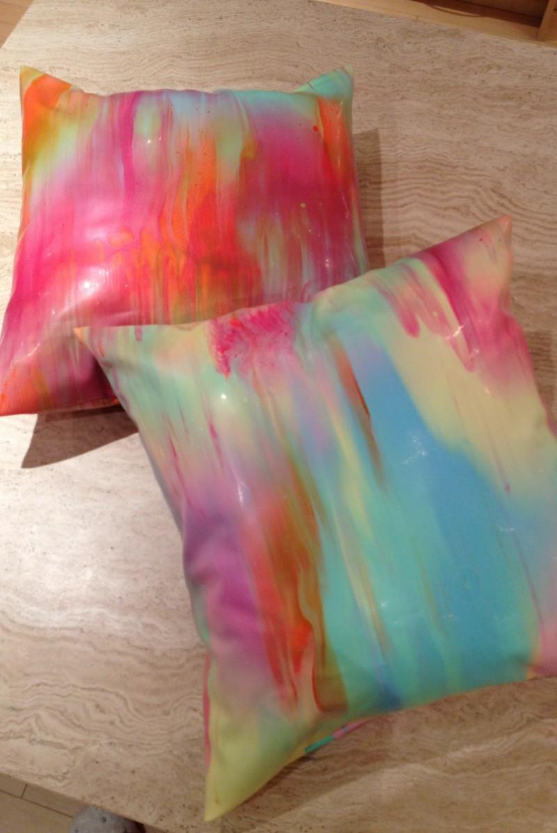Yummy gummy Latex rainbow marble cushions