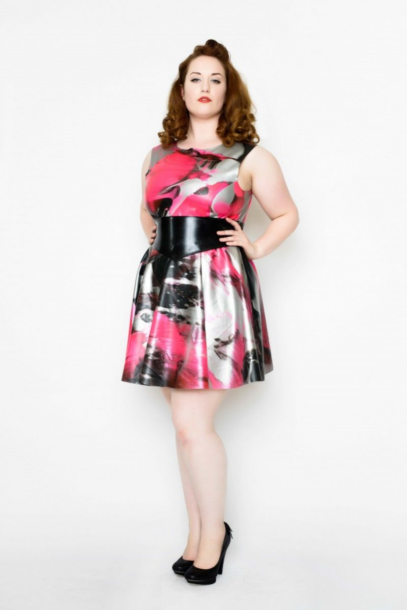 Yummy Gummy Latex heart back dress with wide pointed belt in uv pink