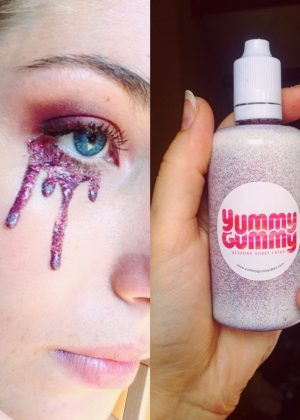Yummy Gummy Liquid latex SFX paint in blood red glitter